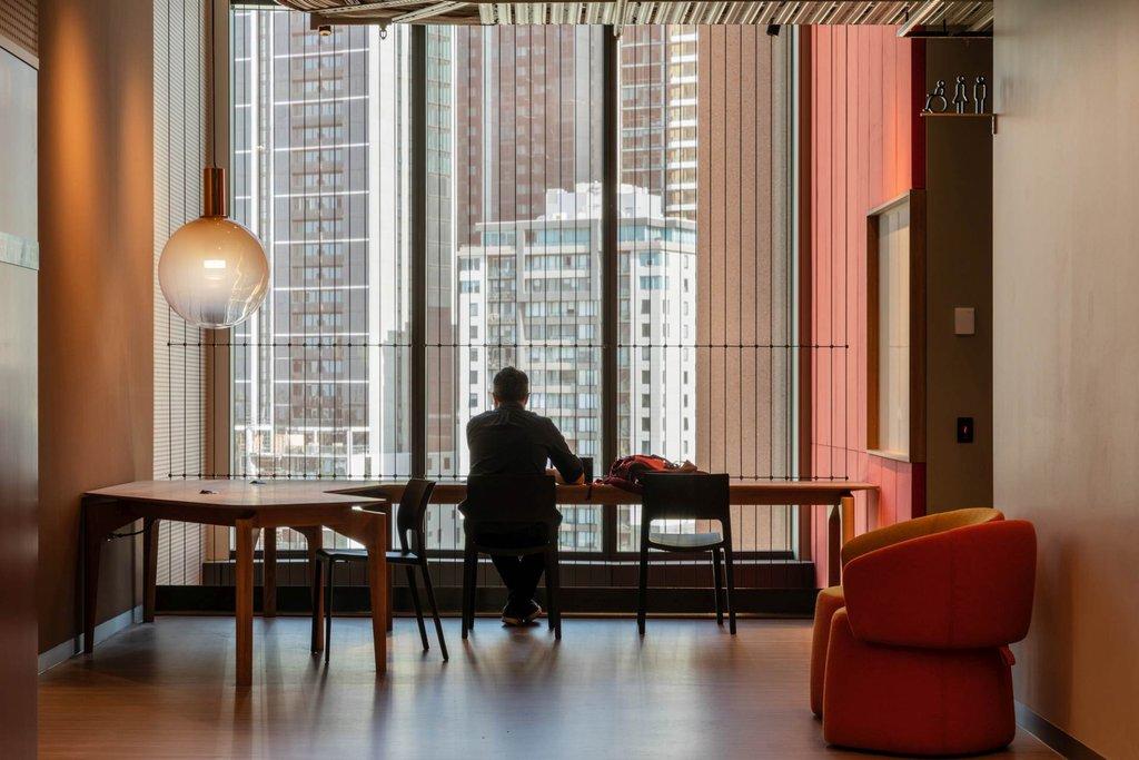 Vertikala vajrar som skapar design