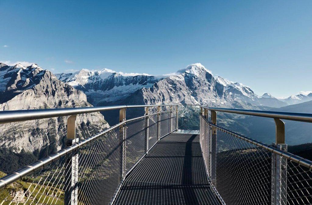 Hängande broar och spektakulära plattformar
